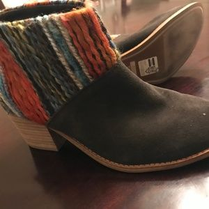 Tom's Brown Chic Boots